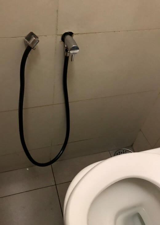トイレのホース